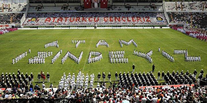 Genelge 7 yıl sonra iptal edildi: 19 Mayıs stadyumlarda yeniden kutlanacak
